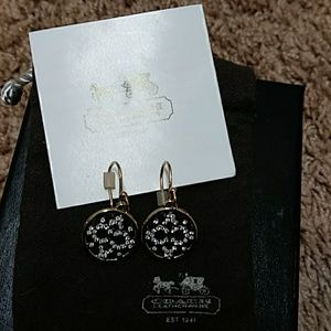 COACH EARRINGS IN GOLD WITH CRYSTALS
